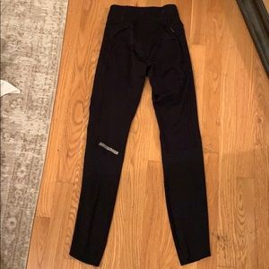 Under armour black leggings
